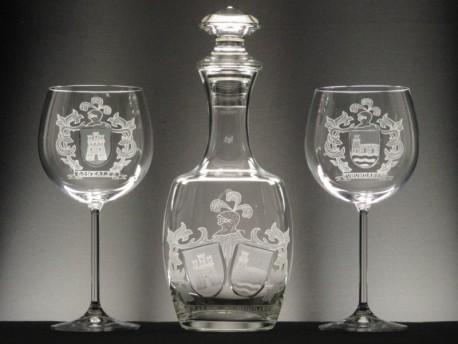 Estuche 2 Copas MAXIMA Borgoña + Botella 1888 - Escudo Heráldico 1 - Tallado a Mano